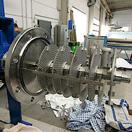 Horizontalrührmaschine mit Scheibenrührer / Horizontally agitator with High shear disk